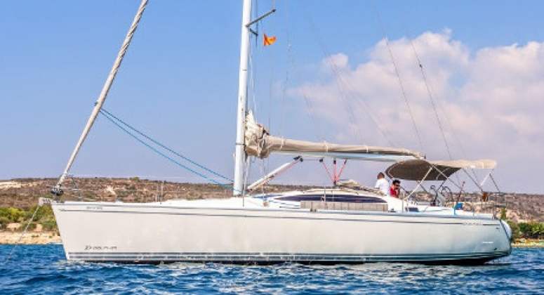 Sailing yacht Delphia for hire in Cyprus