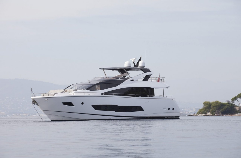 Yacht Sunseeker 86 in Cyprus