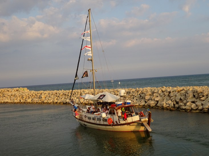 Rent sailing yacht in Cyprus